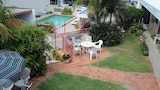 Choose This Business Hotel in Caloundra -  - Online Room Reservations