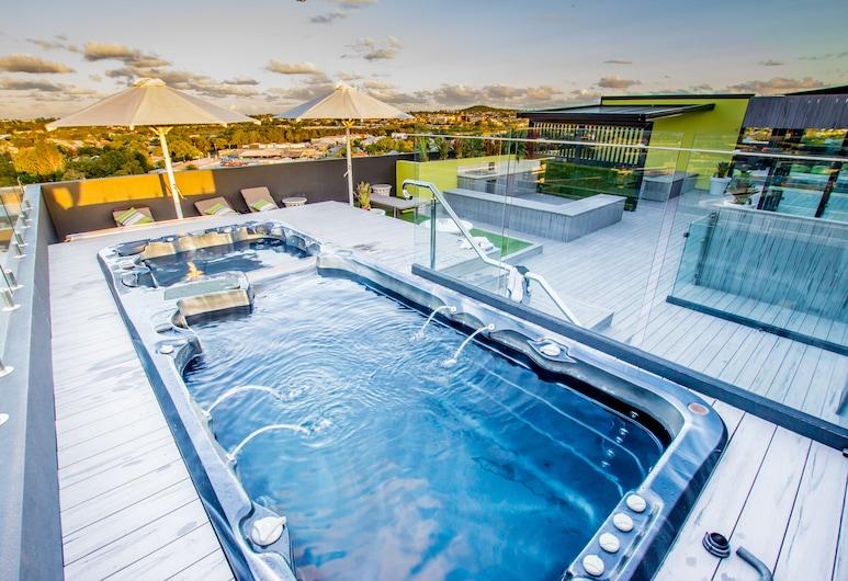 Eastwood Apartments, Ngoại ô Woolloongabba, Hồ bơi ngoài trời