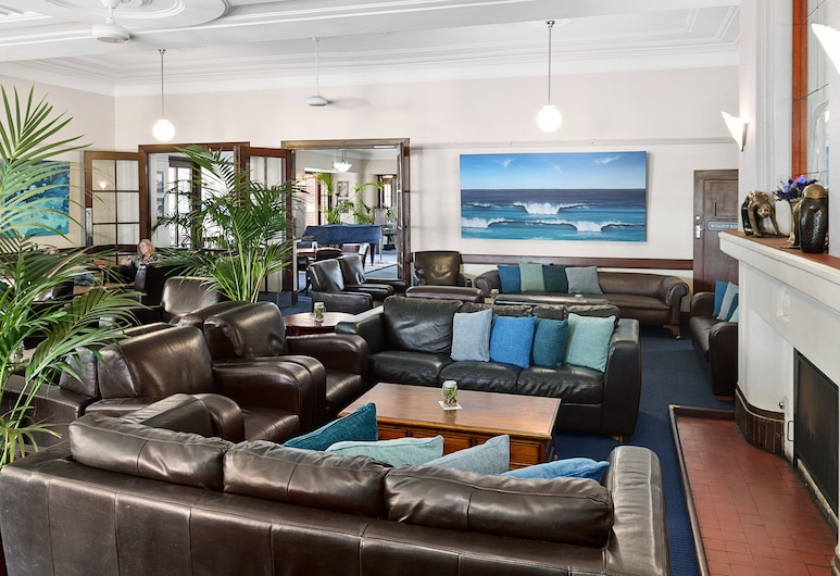 Caves House Hotel and Apartments, Yallingup, Hotel Lounge