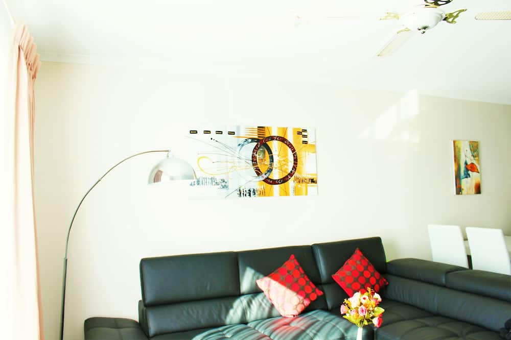 Apartment, Seeblick (5 Nights) - Wohnzimmer