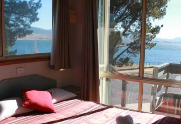NRMA Jindabyne Holiday Park, Jindabyne, Vila, 2 miegamieji, su patogumais neįgaliesiems, vaizdas į ežerą, Kambarys