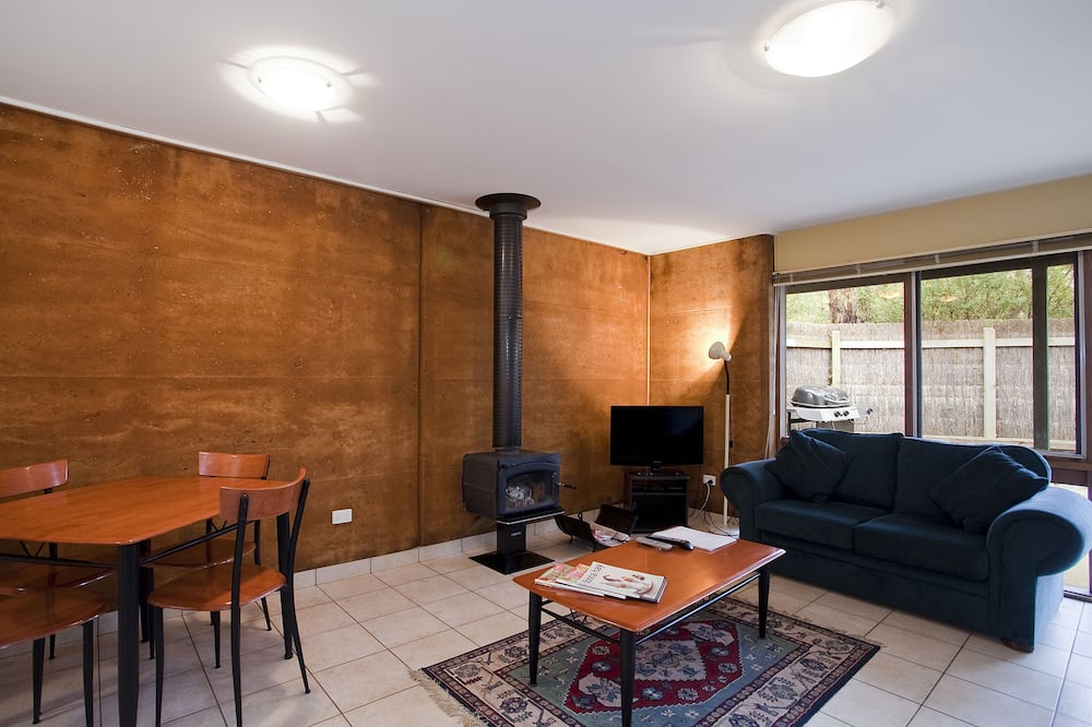 Standard Suite, 1 Bedroom (Special) - Living Room