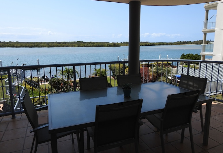 On The River Apartments, Maroochydore, Apartment, 2 Bedrooms, River View, Balcony
