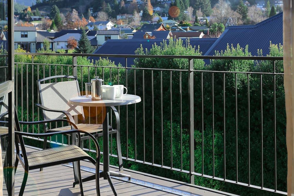 Luxury Apartment, 2 Bedrooms - Balkoni
