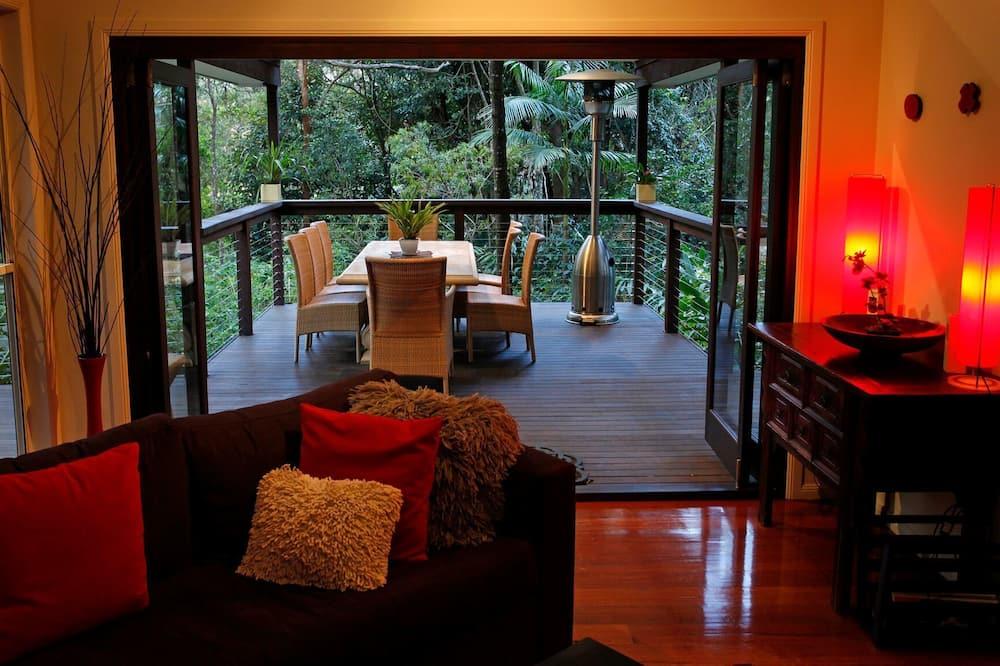 Phòng Suite Executive, 2 phòng ngủ, Ban công (Executive Villa) - Khu phòng khách