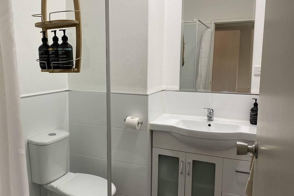 Chambre Standard, balcon - Salle de bain