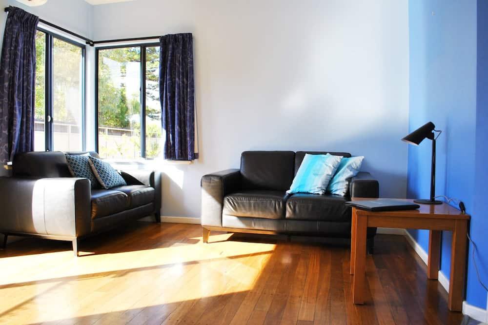 Standartinio tipo apartamentai, 2 miegamieji, Nerūkantiesiems, virtuvė (Single Storey Holidays) - Svetainės zona