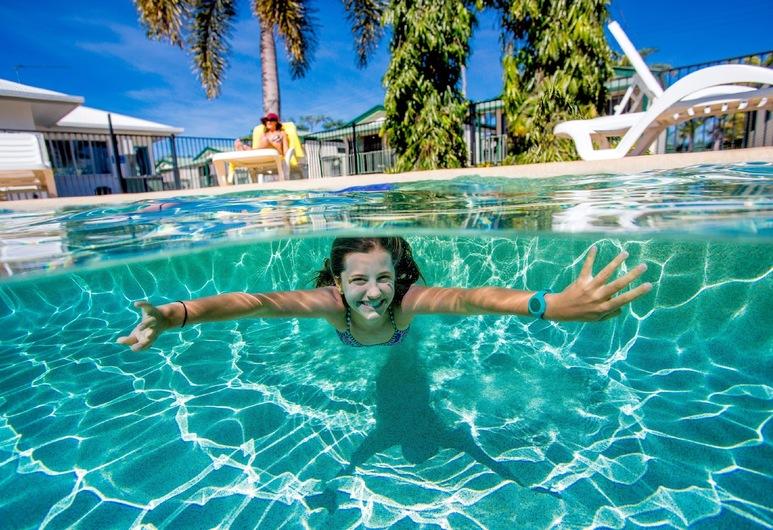 نرما بوين بيتش فرونت هوليداي بارك, بوين, حمام سباحة
