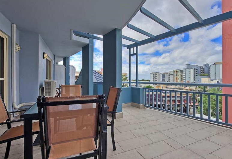 Sedgebrook Apartments, Spring Hill, Standard Apartment, 1 Bedroom, Non Smoking, Kitchen (14 Nights pay less), Balcony