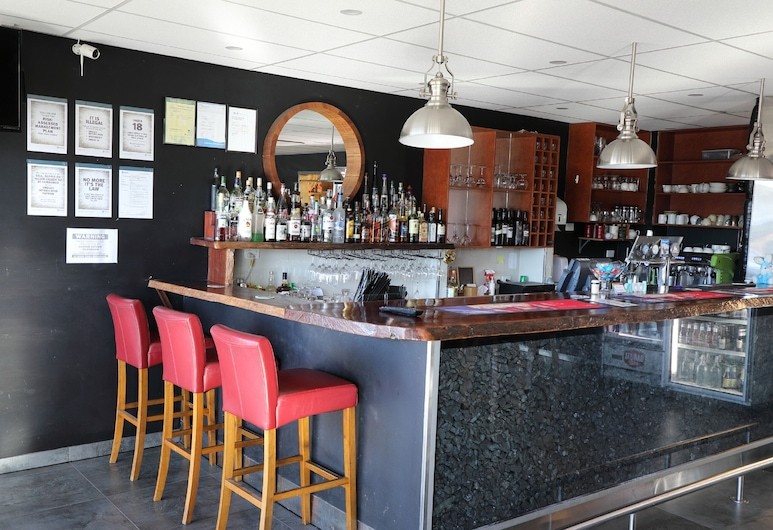 Black Rock Inn, Blackwater, Bar del hotel