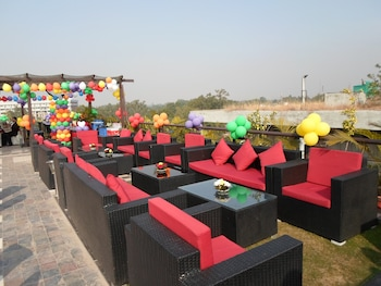 Picture of Hotel Oyster in Chandigarh