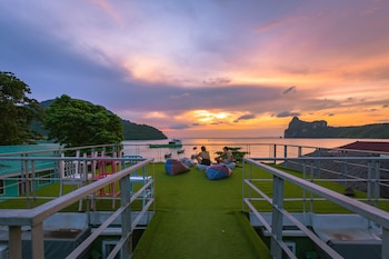 Picture of The Beacha Club in Ko Phi Phi