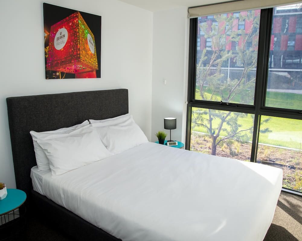 book deakin residential services in burwood hotels com