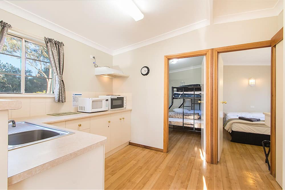 Standard Suite, 2 Bedrooms, Kitchenette (Windmill Cottage 2 night) - Linen extra charge - Room