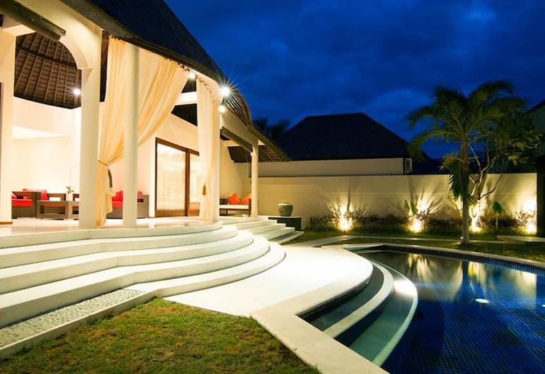 Garden Villa Bali, Seminyak, Bazén