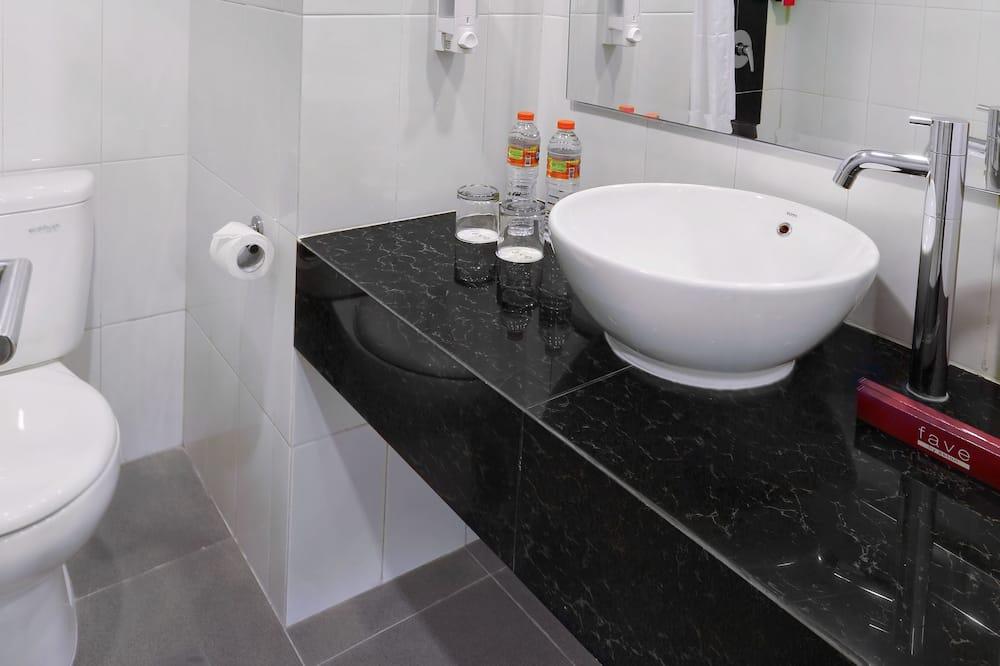 Phòng (Faveroom, Room Only) - Phòng tắm