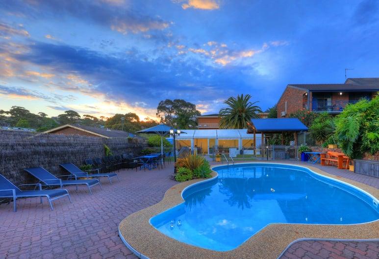 Pelican Motor Inn, Merimbula, Outdoor Pool