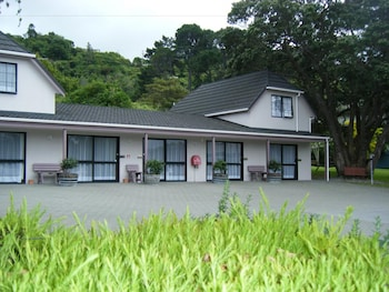 Picture of Camellia Court Motel in Lower Hutt