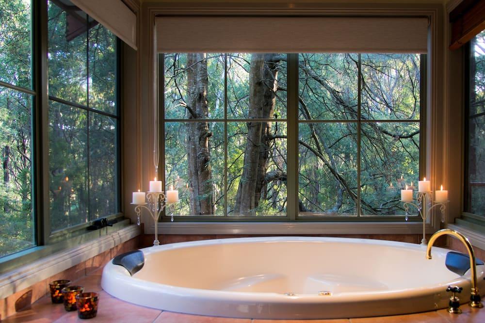Standard lakosztály, 1 hálószobával, konyharész (Eagles Reach) - Fürdőszoba