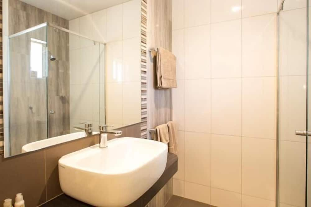 Standard Room, Non Smoking, Balcony (Mini Getaway) - Bathroom