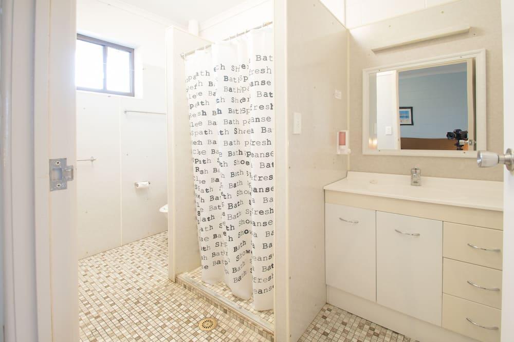 Standard-Suite, 1 Schlafzimmer, Nichtraucher (Quad Room) - Badezimmer