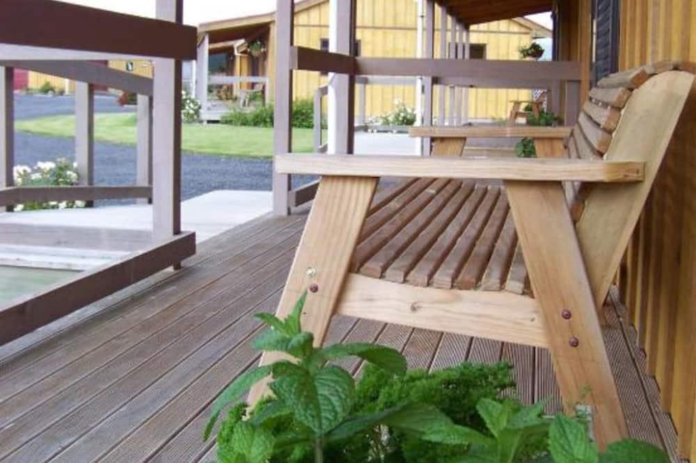 One Bedroom Cosy Cottage - Terrace/Patio