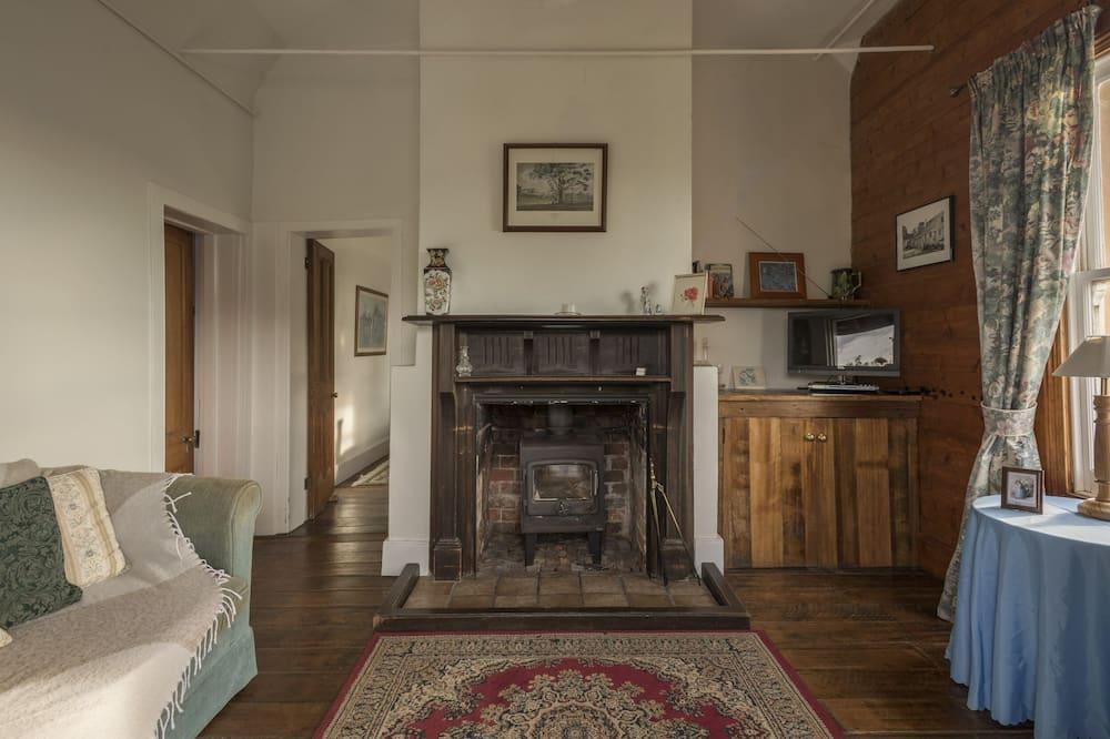 "Standard Κατάλυμα σε Αγροικία, 1 Υπνοδωμάτιο, Μη Καπνιστών, Κουζίνα (""Gardeners"") - Περιοχή καθιστικού"