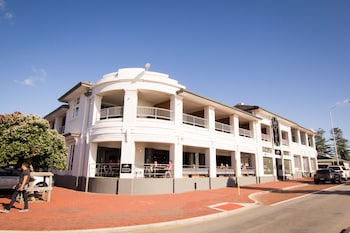 Picture of Cottesloe Beach Hotel in Cottesloe