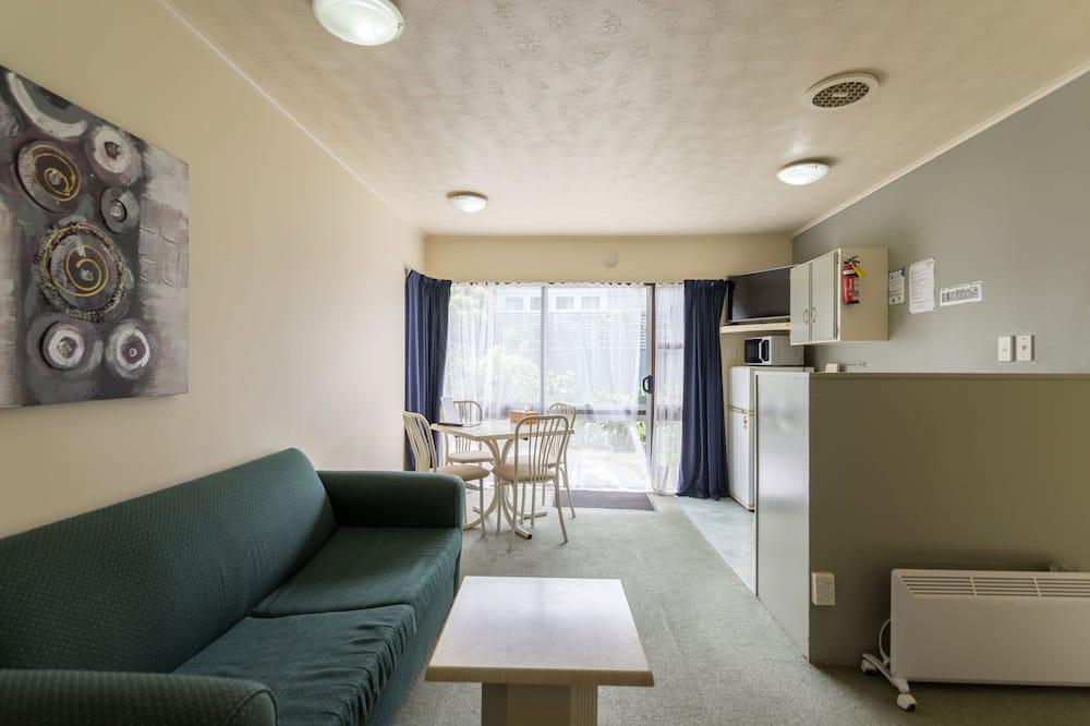 Family Apartment, 1 Bedroom, Non Smoking, Kitchen - Living Area