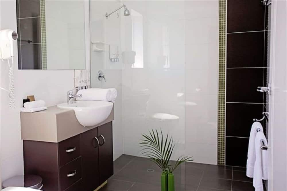 Двухместный номер «Делюкс» с 2 односпальными кроватями, для людей с ограниченными возможностями - Ванная комната