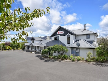 Picture of Bonnie Knights Motel in Mosgiel