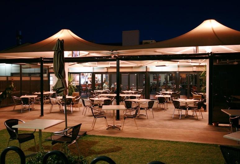 Sundowner Motel Hotel, Whyalla Norrie, Terasa/trijem