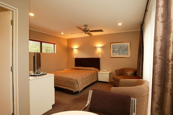 Picture of Cornwall Park Motor Inn in Auckland
