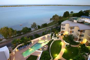 Foto di Moorings Beach Resort in Sunshine Coast