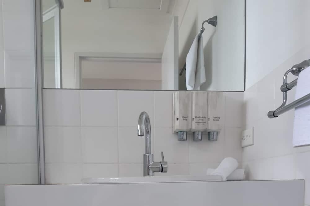 Standardzimmer, 1 Queen-Bett - Badezimmer