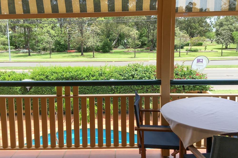 Представительская студия, для некурящих, мини-кухня (Executive King Suite) - Балкон