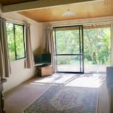 ห้องสแตนดาร์ดสวีท, 1 ห้องนอน, ปลอดบุหรี่, ห้องครัวขนาดเล็ก (Cottage) - พื้นที่นั่งเล่น