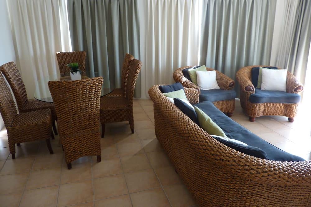 Standard Apartment, Multiple Bedrooms, Non Smoking, Kitchen (3 bedroom - 7 nights) - Living Area