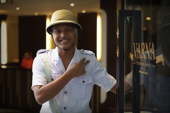 Introduce las fechas para ver los descuentos de hoteles en Surabaya