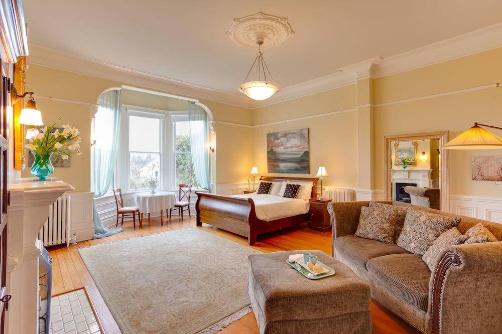 Suite – grand, massasjebadekar, utsikt mot hage (The Fairholme) - Oppholdsområde