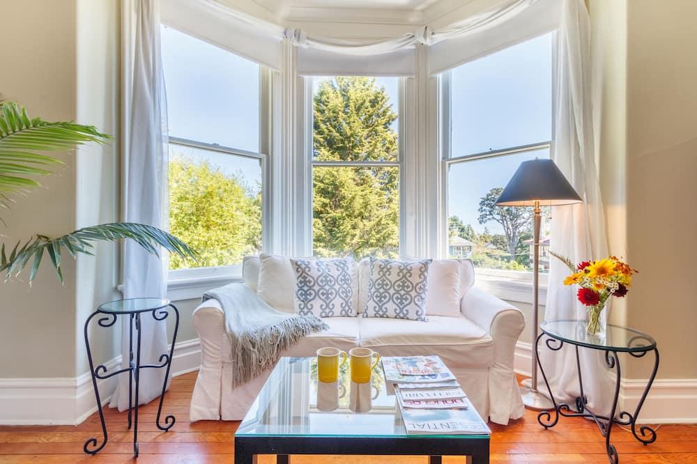 Suite, 2 soverom, balkong, utsikt mot hav - Oppholdsområde