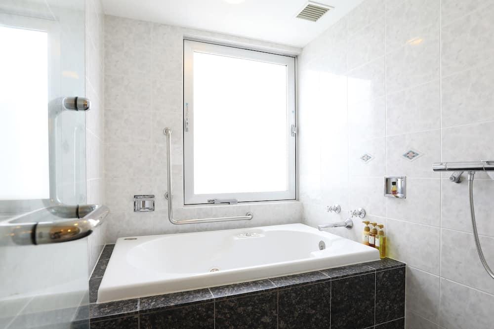 Junior-Suite, Nichtraucher - Badezimmer