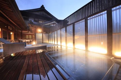 富士河口湖町酒店/