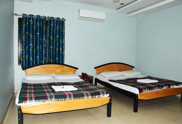 Hotel Delta Executive, Shirdi, Quadruple Room (AC), Guest Room