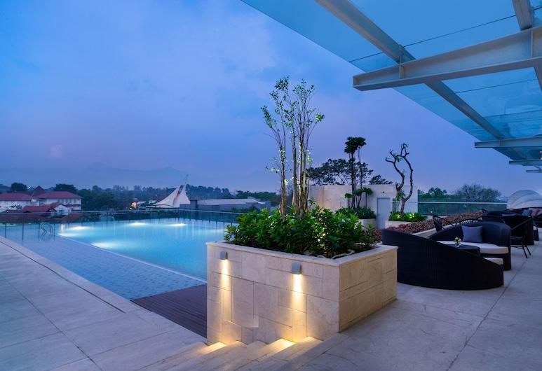 Crowne Plaza Bandung, Bandung, Pool