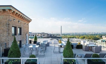 Foto van Global Luxury Suites at The White House in Washington