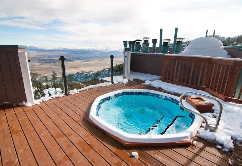 The Ridge Sierra, Стейтлайн, Спа-ванна на свежем воздухе