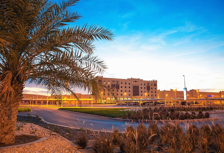 Ayla Bawadi Hotel & Mall , Al Ain
