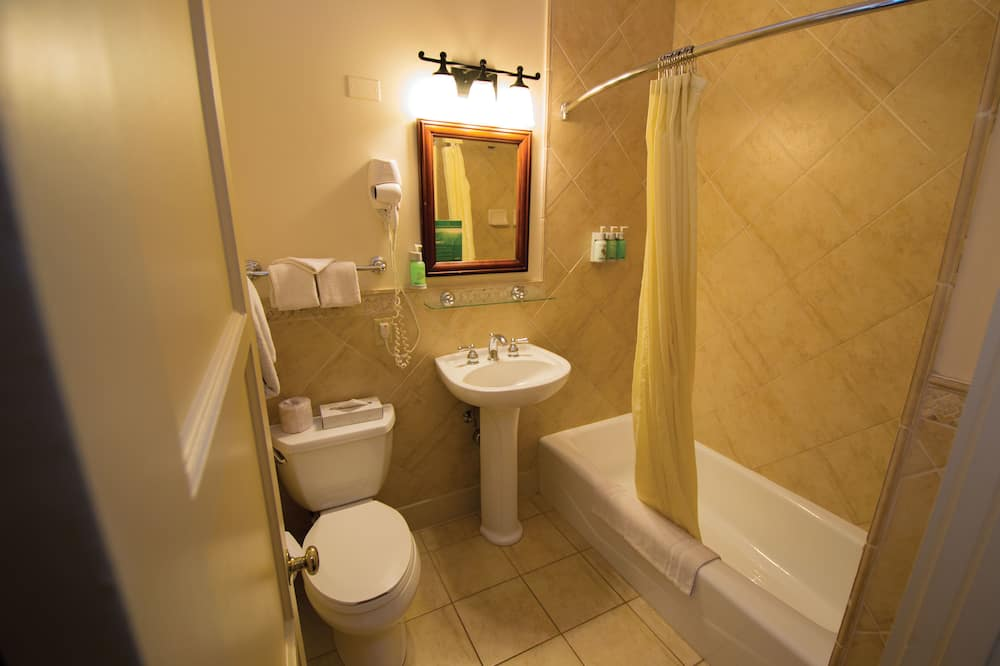 Lomamaja (No A/C) - Kylpyhuone