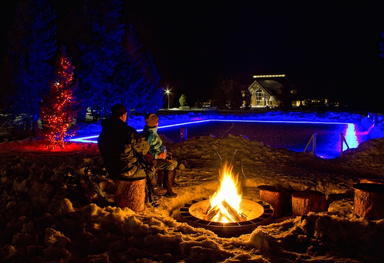 Old Faithful Snow Lodge & Cabins - Inside the Park, Yellowstone'i rahvuspark, Hotelli territoorium